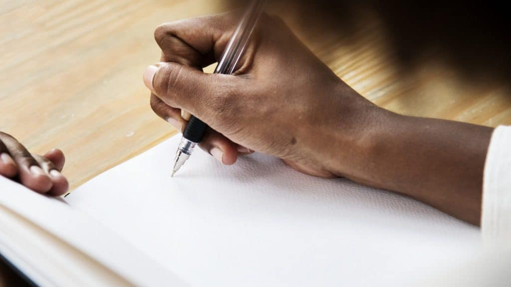 4 things you should know before writing a nollywood screenplay
